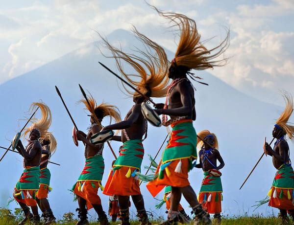 rwanda cultural dancers